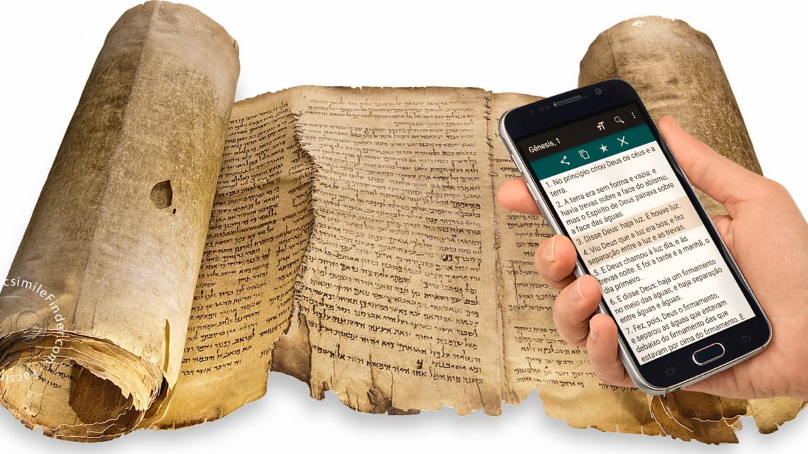 Biblia en mano: Del manuscrito al celular